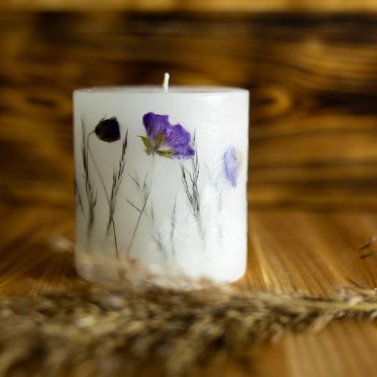 świece z suszonymi kwiatami
