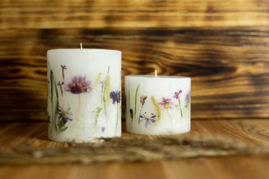 lampiony swiece z kwiatami